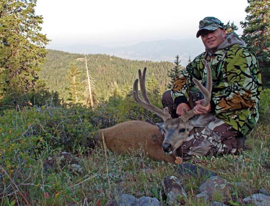 Click image for larger version  Name:2009 Archery Buck.jpg Views:1141 Size:95.5 KB ID:53