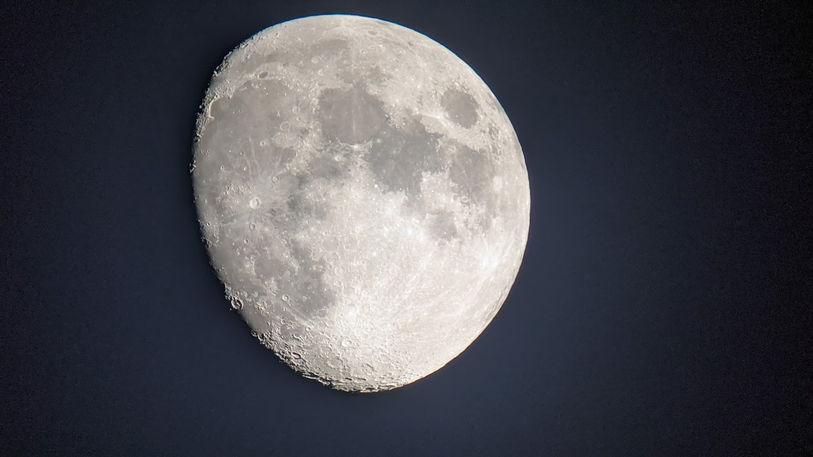 Click image for larger version  Name:Moon.jpg Views:22 Size:270.0 KB ID:145027