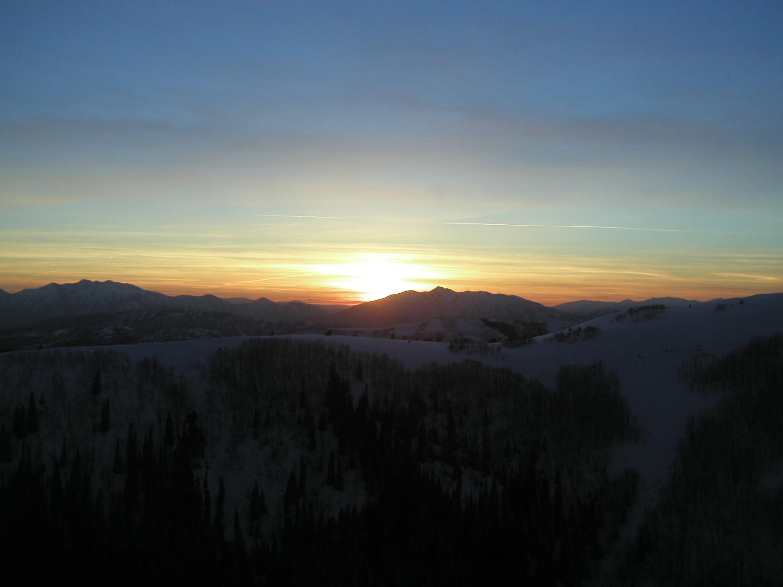 Click image for larger version  Name:Sunset.jpg Views:30 Size:83.2 KB ID:107961